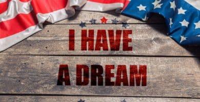 shutterstock 772717534 scaled e1584019078133 20 citas de Martin Luther King Jr. que se aplican a los negocios