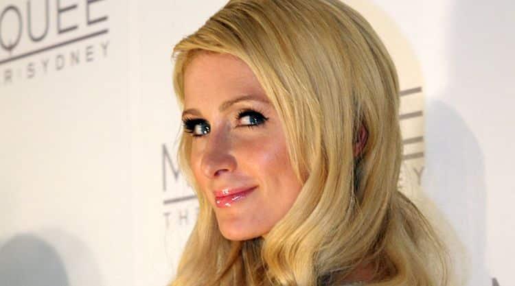 1620565889 909 Paris Hilton El patrimonio neto de Paris Hilton es de $ 300 millones (actualizado para 2020)
