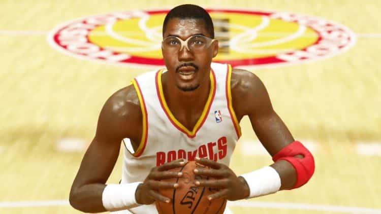 1620909855 693 Hakeem Olajuwon 1 Los 20 jugadores de la NBA más ricos de todos los tiempos (actualizado para 2020)