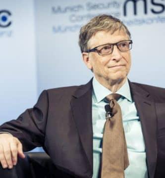 1620911889 Bill Gates MSC 2017 scaled e1578514762597 Los 20 multimillonarios tecnológicos más ricos del mundo (actualizado para 2020)