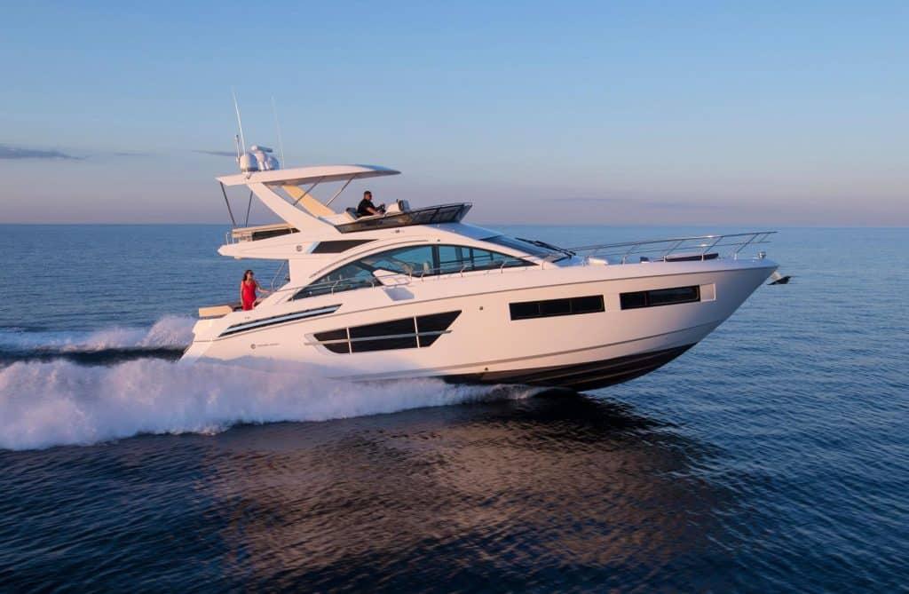 2020 Cruiser Yachts 10 cosas que no sabías sobre los yates Cruisers 2020