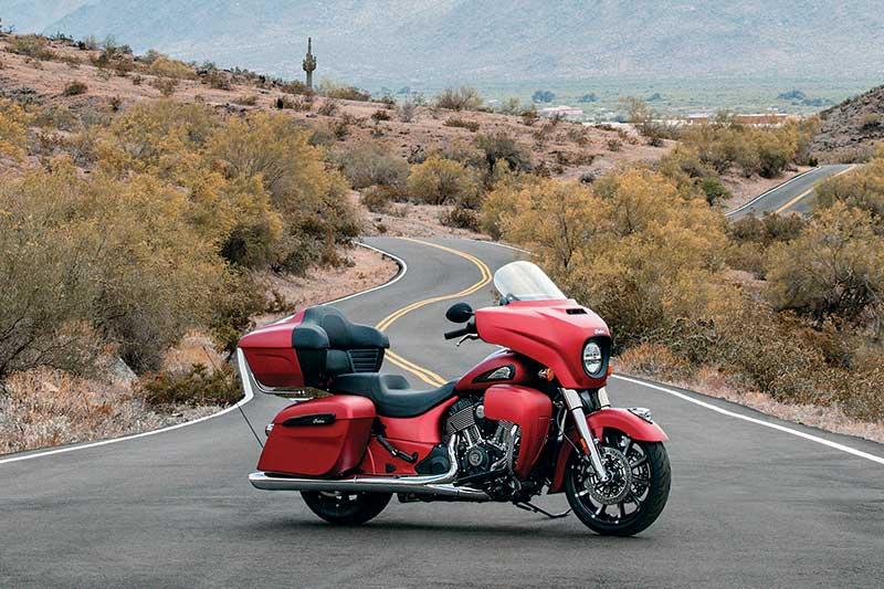 2020 Indian Roadmaster Dark Horse 2 Una mirada más cercana al Indian Roadmaster Dark Horse 2020