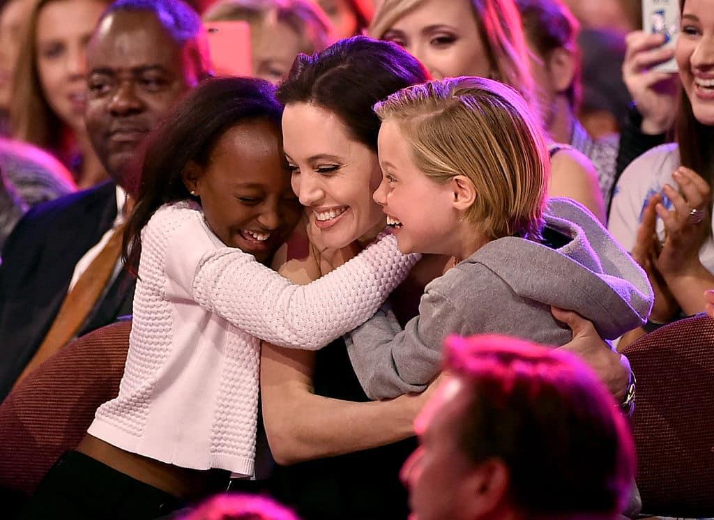 467961620 Las 20 celebridades más caritativas de Hollywood
