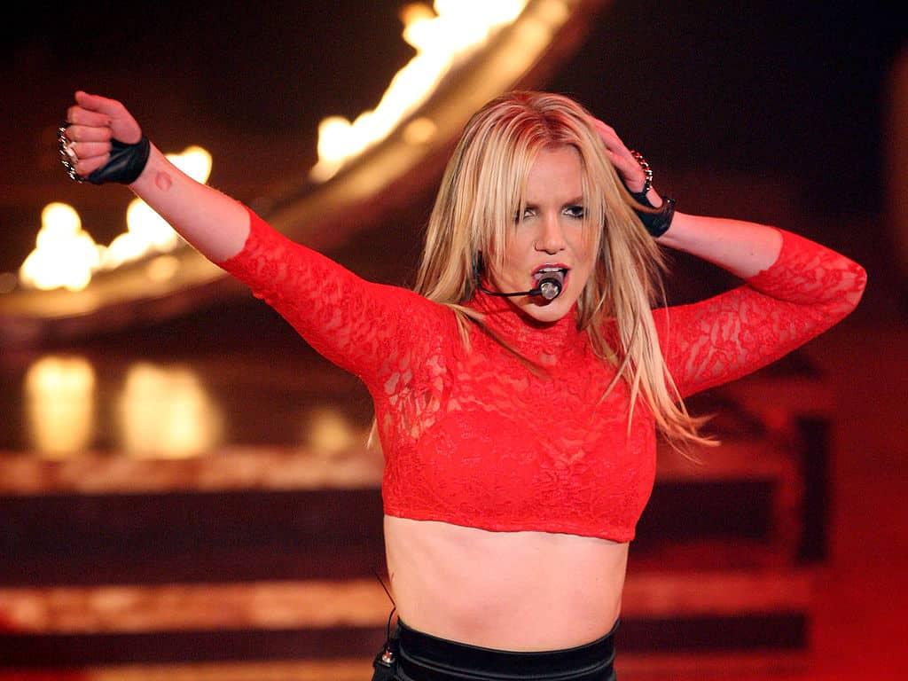 83882880 El patrimonio neto de Britney Spears es de $ 215 millones (actualizado para 2020)