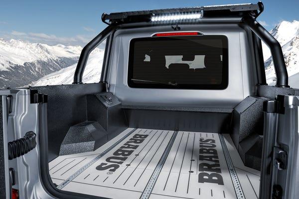 Camioneta Brabus 800 XLP trasera