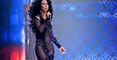 Cher TBT D2K e1581872779793 Cher logró un patrimonio neto de $ 360 millones (actualizado para 2020)