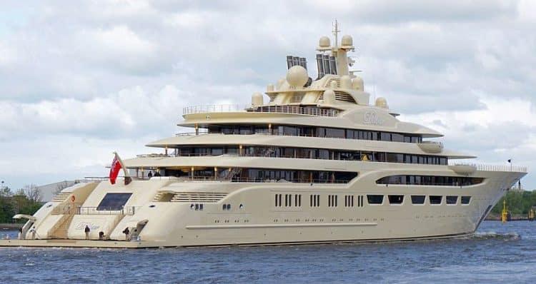 Dilbar Superyacht 2