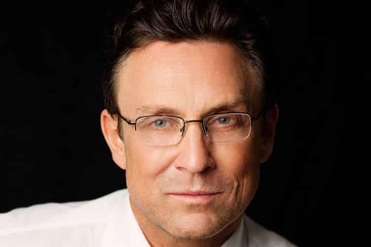 Dr. Randal D. Haworth Los 20 cirujanos plásticos más ricos del mundo: los 20 mejores cirujanos plásticos: de donde son los mejores cirujanos plasticos del mundo.