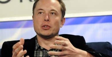 Elon Musk 3017880307 e1579096875132 El patrimonio neto de Elon Musk es de $ 21 mil millones (actualizado para 2020)