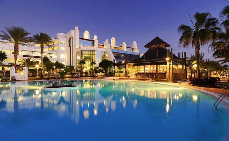 H10 Timanfaya Palace in Playa Blanca Las Palmas Spain Los cinco mejores hoteles frente al mar en Europa en 2016