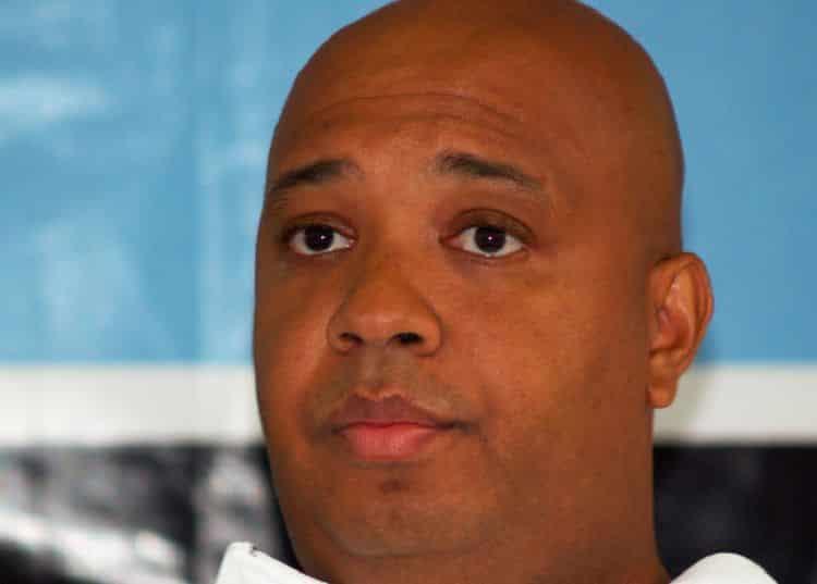 Jospeh Simmons El patrimonio neto de Joseph Simmons es de $ 70 millones (actualizado para 2020)