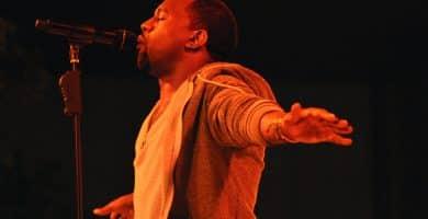 Kanye West El patrimonio neto de Kanye West es de $ 250 millones (actualizado para 2020)