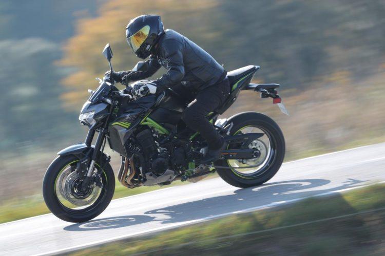 Kawasaki Z900 4