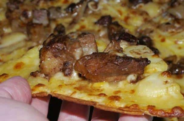 Kobe Beef Steak Pizza The World's Most Expensive Slices of Pizza