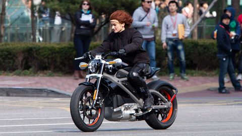 Motocicleta Black Widow Ride 2