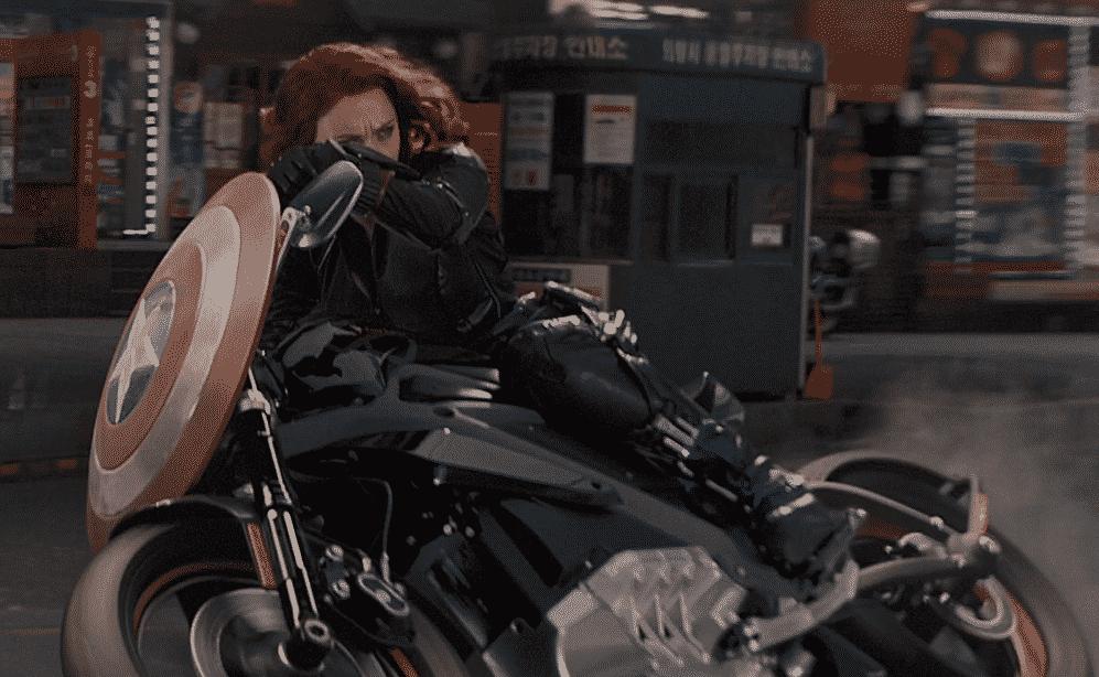 Motorcycle Did Black Widow Ride .¿Qué tipo de motocicleta conducía la viuda negra?