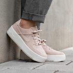 Nike Air Force 1 Sage Low Sneakers Los 10 mejores pares de zapatillas de deporte informales de negocios que existen