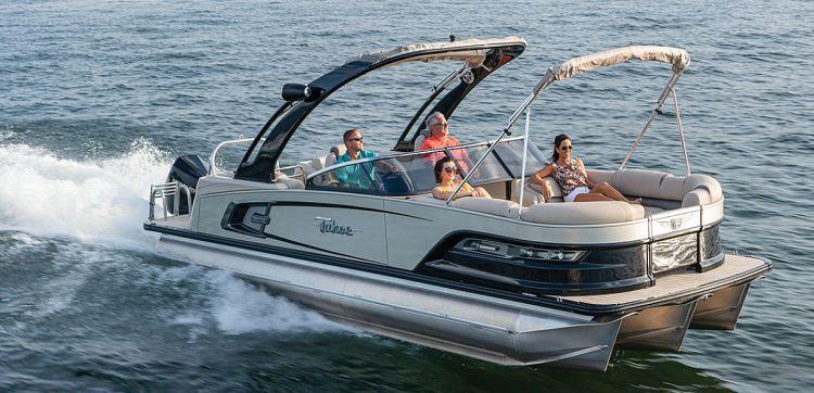 Pontoon Boat 10 accesorios imprescindibles para pontones