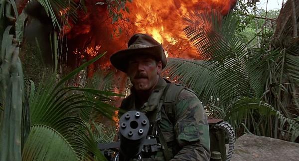 Predator Gun 10 armas ficticias de películas que se están convirtiendo en realidad