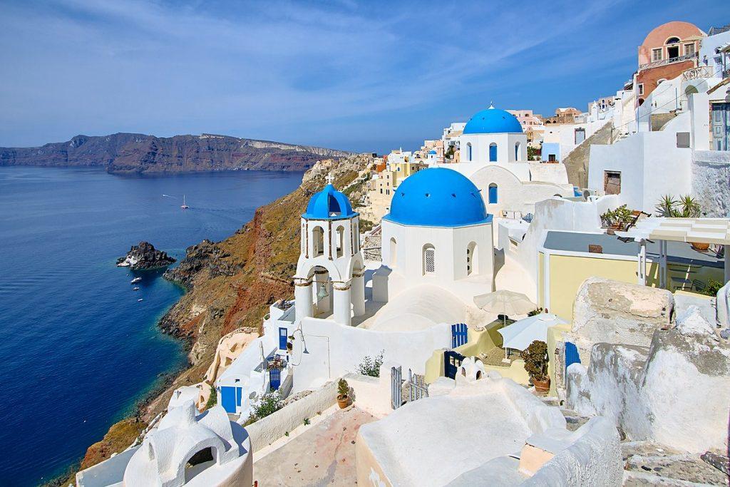 Santorini Cinco increíbles aventuras de lujo que puedes tener en Grecia