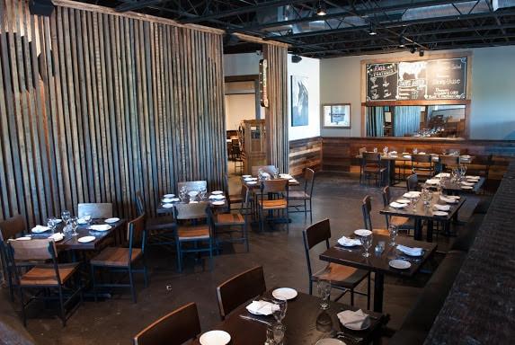 Twisted Tree Steakhouse Los cinco mejores restaurantes de carnes en St. Louis