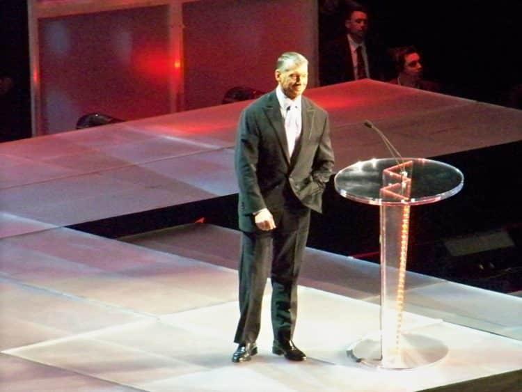 Vince McMahon hof scaled e1579345662984 El patrimonio neto de Vince McMahon es de $ 1.7 mil millones (actualizado para 2020)