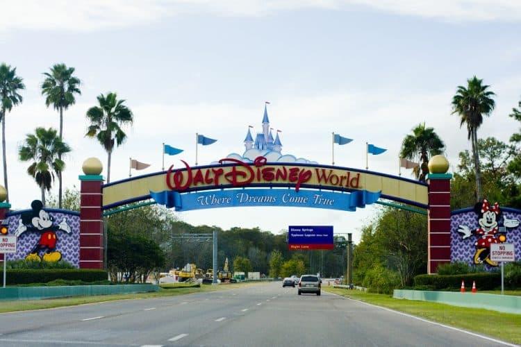 Entrada a Walt-Disney-World
