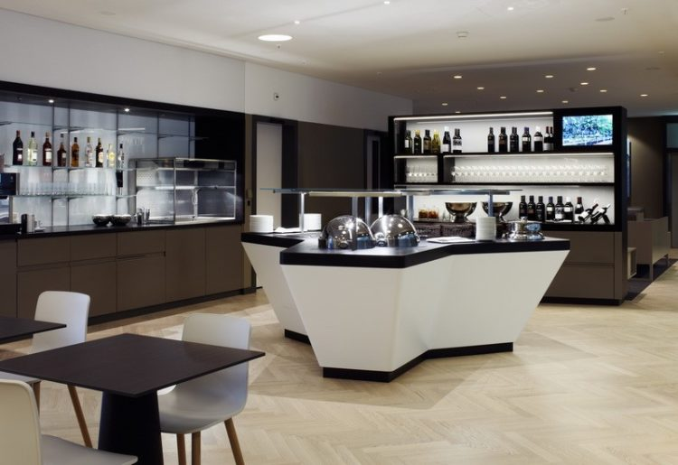 aspire lounge Top 10 Chase Sapphire Reserve Card Airport Lounges