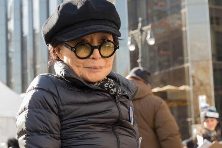 shutterstock 1008584263 e1599154966138 Cómo Yoko Ono logró un patrimonio neto de $ 700 millones