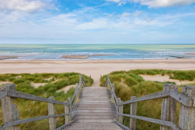 shutterstock 1195720876 e1612180610508 Una guía para viajeros de las mejores playas de Bélgica