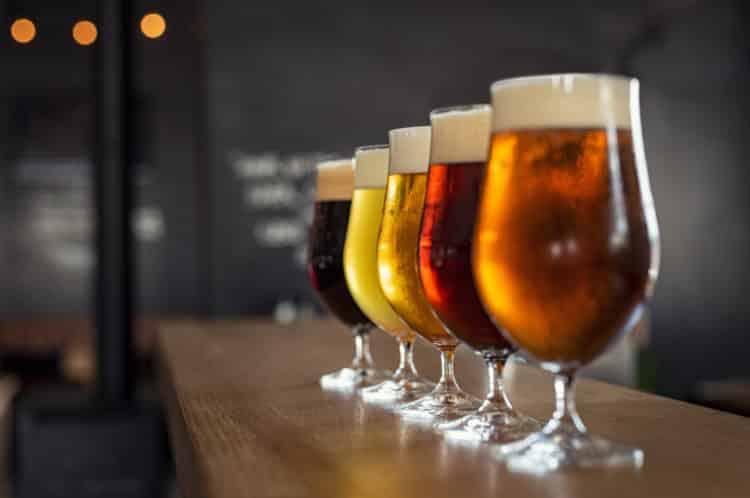 Compañía cervecera de Newport Beach