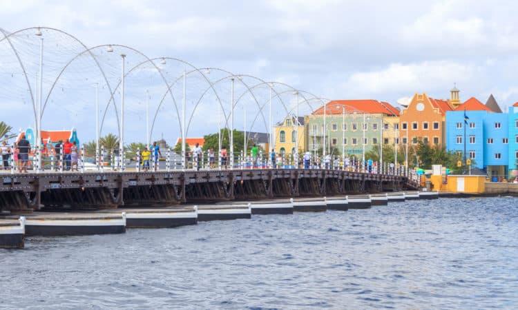 Puente de la Reina Emma