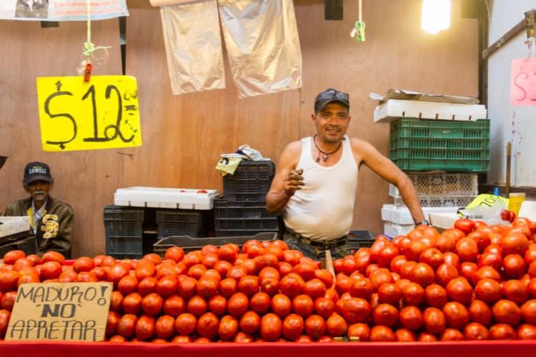 Puestos en el Mercado Libertad