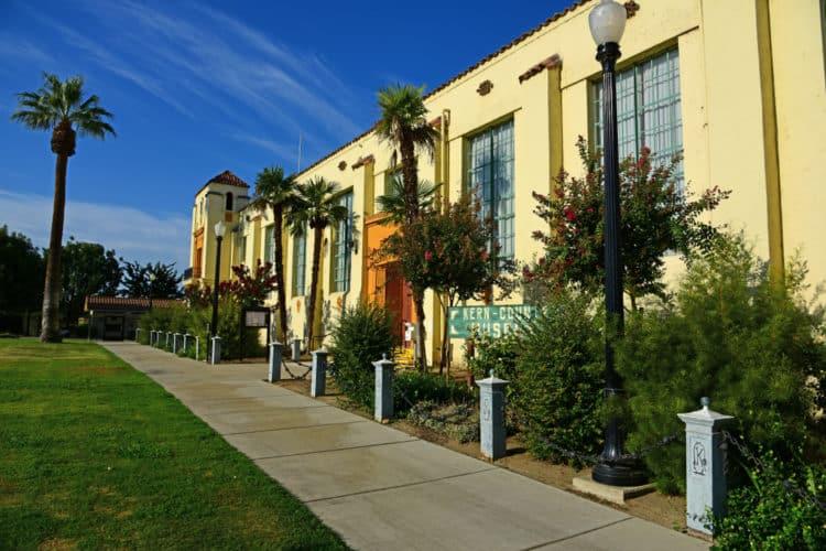 Museo de arte de Bakersfield