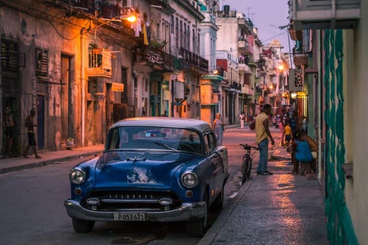 Tour por La Habana en auto clásico