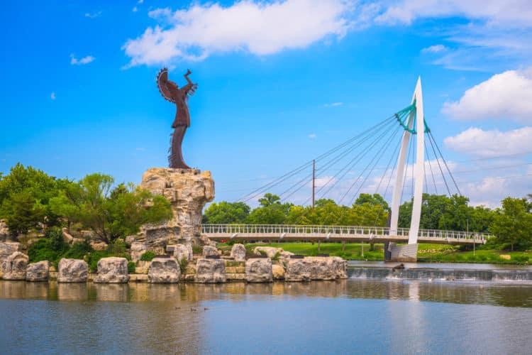 shutterstock 1708863007 1 e1591277441595 Las 20 mejores cosas para hacer en Wichita, KS para principiantes