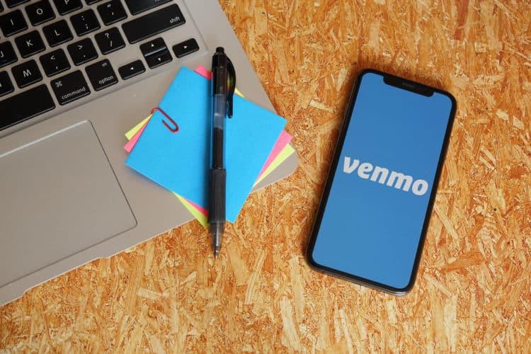 shutterstock 1779807419 e1602525732689 La historia y la historia detrás del logotipo de Venmo