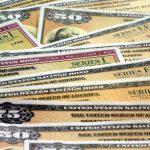 shutterstock 362107481 e1604925540263 ¿Cómo se transfieren los bonos de ahorro a otra persona?