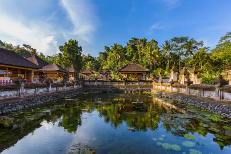 Templo de la serenidad de Tirta Empul