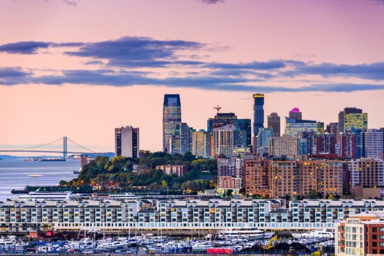 shutterstock 525829738 e1613046724771 Los 10 mejores lugares para vivir en Jersey City, Nueva Jersey