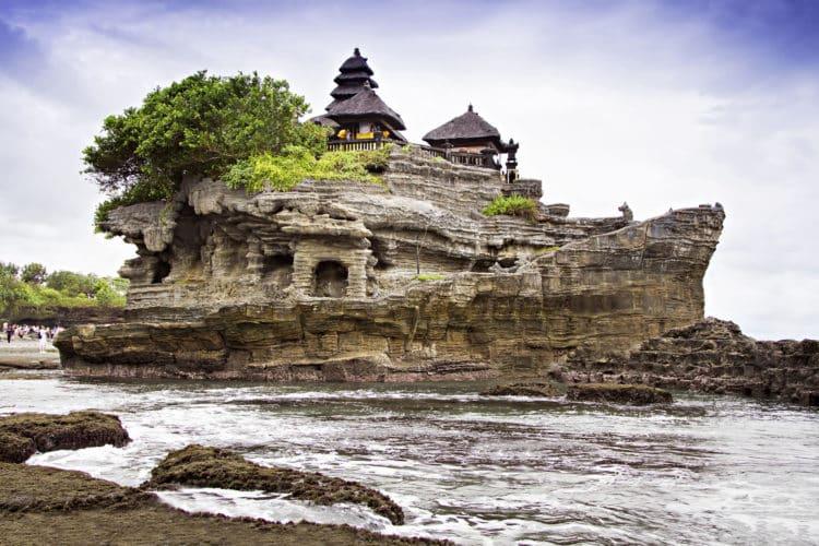shutterstock 559031701 scaled e1582630599820 Las 20 mejores cosas que hacer en Bali para principiantes
