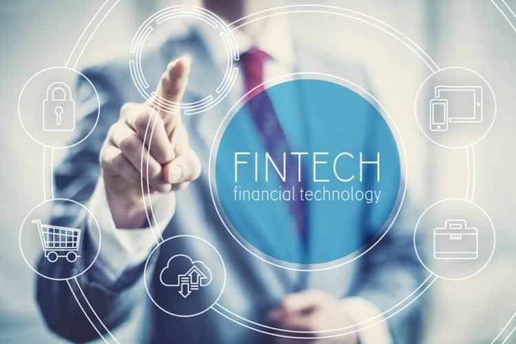 shutterstock 615050396 e1611577854353 Cinco startups de fintech a tener en cuenta en 2021