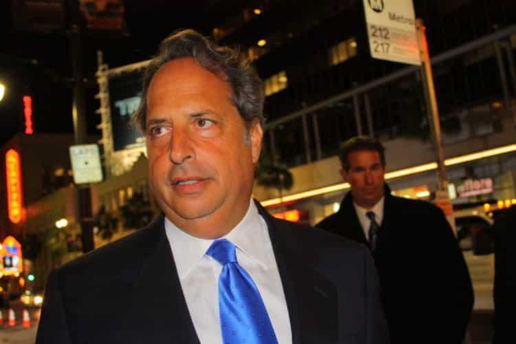 shutterstock 64693390 e1620040567817 Cómo Jon Lovitz logró un patrimonio neto de $ 12 millones