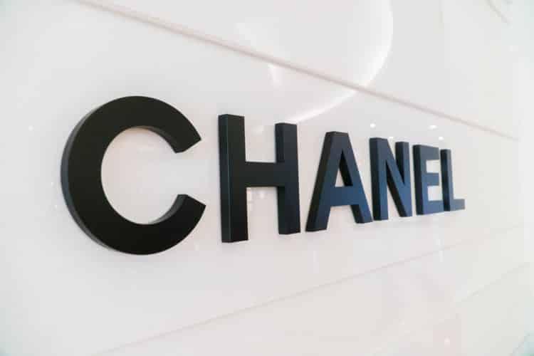 shutterstock 681558235 1 e1593719947520 Las 20 mejores citas de Coco Chanel que se aplican a los negocios
