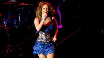 Jennifer Lopez 1 e1579293124110 Jennifer Lopez logró un patrimonio neto de $ 380 millones (actualizado para 2020)