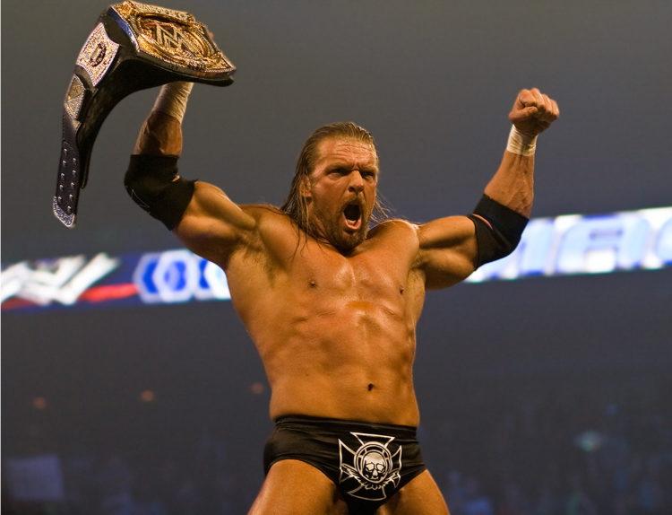 Triple H WWE Champion 2008 e1581938318308 El patrimonio neto de Triple H de $ 40 millones 2021