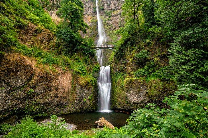 best waterfalls oregon multnomah falls benson bridge columbia river gorge 15 cascadas mejor valoradas en Oregón