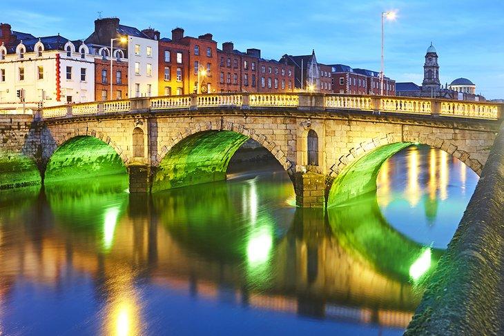 Father Matthew Bridge en Dublín