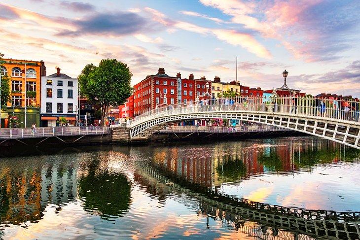 ireland in pictures most beautiful places to visit hapenny bridge dublin Irlanda en imágenes: 20 hermosos lugares para fotografiar