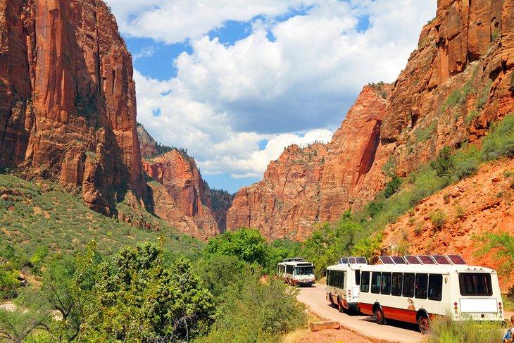 las vegas to zion national park best ways to get there by tour De Las Vegas al Parque Nacional Zion: 4 mejores formas de llegar